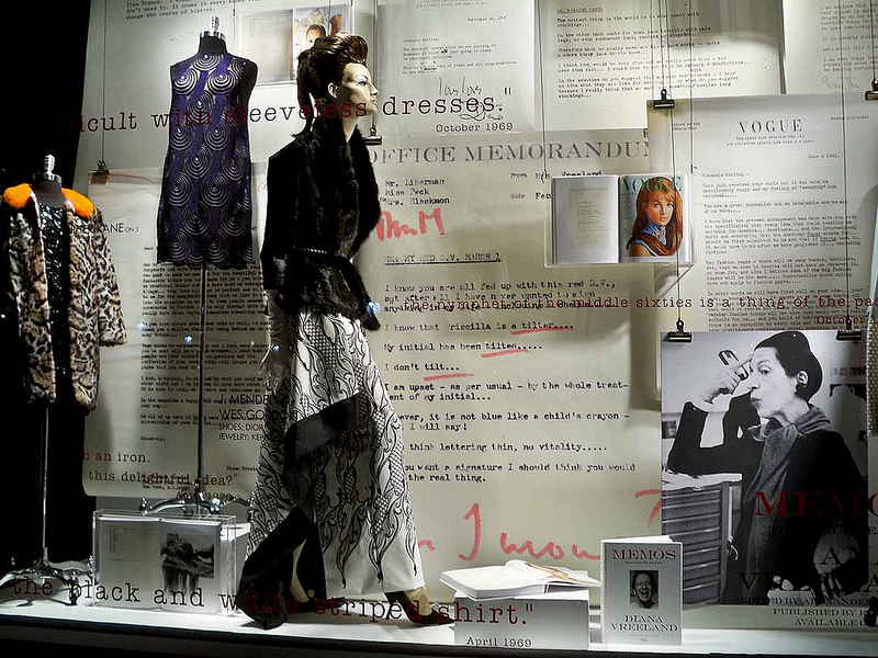 bergdorf_goodman_vogue_memos3